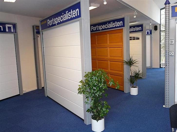 300 kvm udstilling garageporte